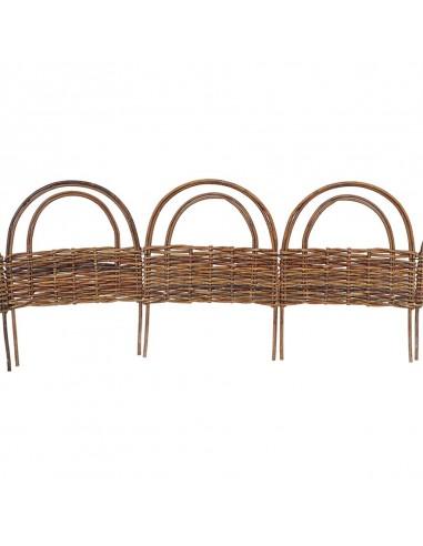 Bordo ornamentale ad arco in salice...